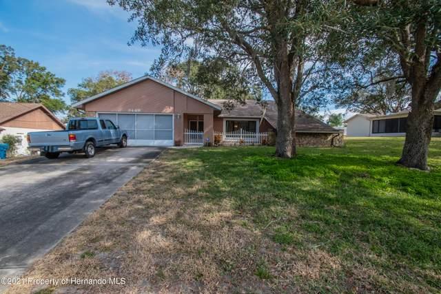8449 Braganza Street, Spring Hill, FL 34608 (MLS #2214231) :: Dalton Wade Real Estate Group