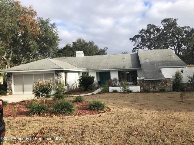 7920 Rhanbuoy Road, Spring Hill, FL 34606 (MLS #2214233) :: Dalton Wade Real Estate Group