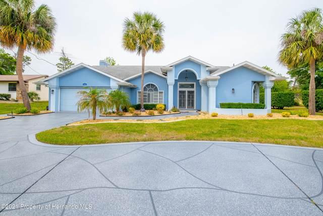 9529 Northcliffe Boulevard, Spring Hill, FL 34608 (MLS #2216093) :: Premier Home Experts