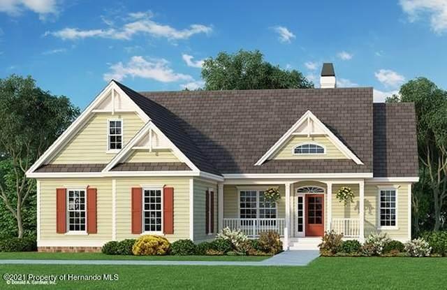 7425 Apache Trail, Spring Hill, FL 34606 (MLS #2216216) :: Premier Home Experts