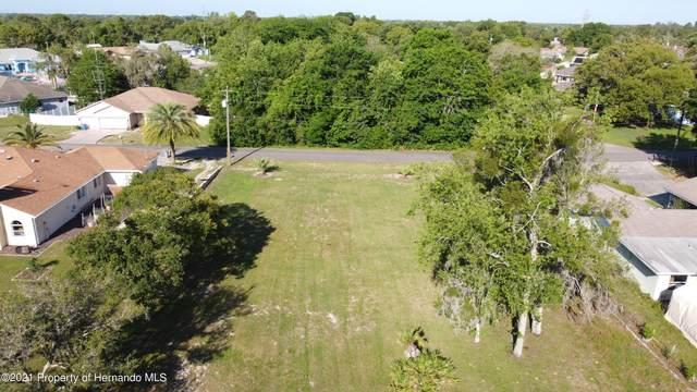 Address Not Published, Spring Hill, FL 34609 (MLS #2216528) :: Premier Home Experts