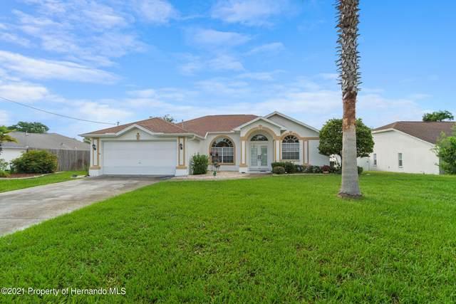 6122 Nantucket Lane, Spring Hill, FL 34608 (MLS #2218509) :: Premier Home Experts