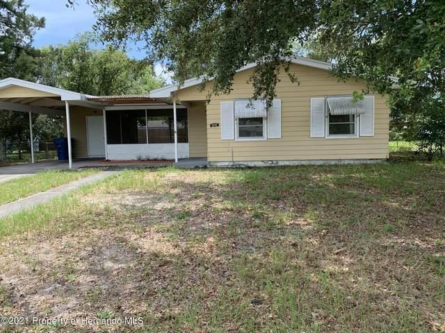 5039 Crescent Road, Spring Hill, FL 34606 (MLS #2218566) :: Premier Home Experts