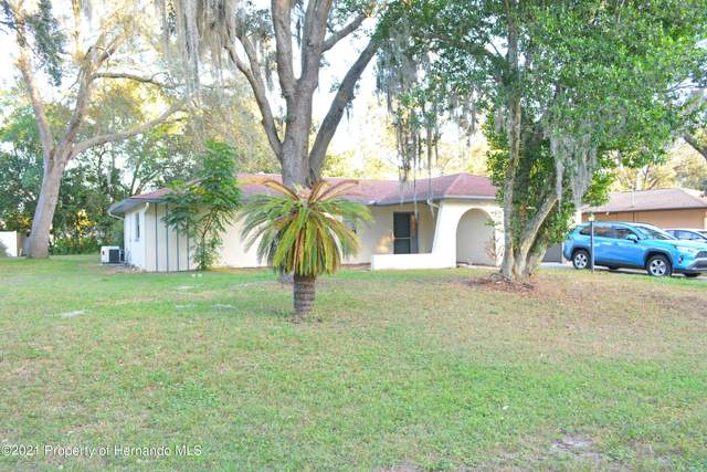 9710 Eldridge Road, Spring Hill, FL 34608 (MLS #2220358) :: Dalton Wade Real Estate Group