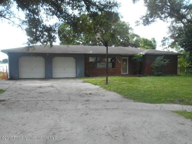 5104 St Charles Place, Tampa, FL 33610 (MLS #2186638) :: The Hardy Team - RE/MAX Marketing Specialists