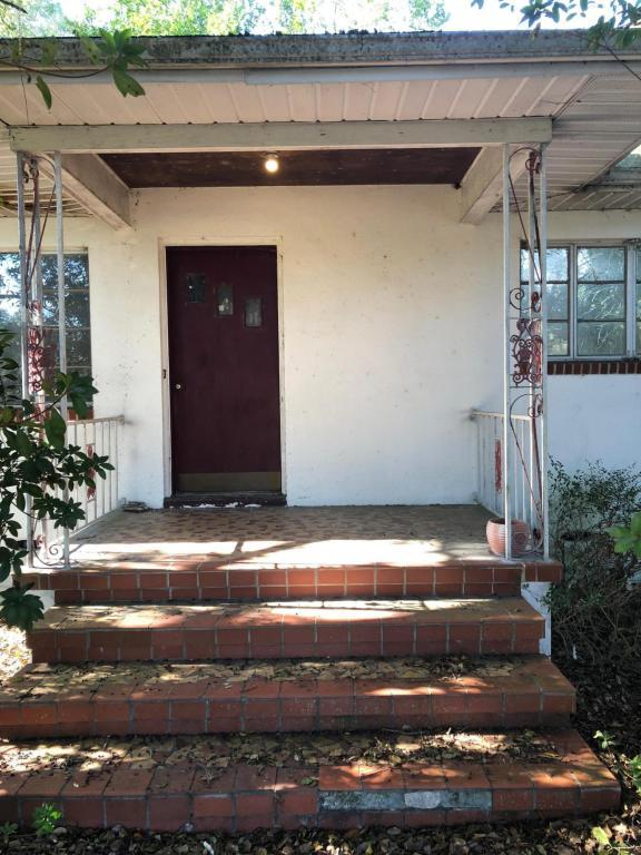 18829 Us-41, Spring Hill, FL 34610 (MLS #2190595) :: The Hardy Team - RE/MAX Marketing Specialists