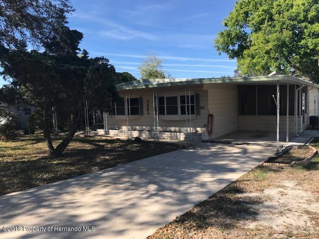 7563 Highpoint Boulevard, Brooksville, FL 34613 (MLS #2190954) :: The Hardy Team - RE/MAX Marketing Specialists