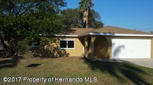 6433 Covewood Drive, Spring Hill, FL 34609 (MLS #2192552) :: The Hardy Team - RE/MAX Marketing Specialists