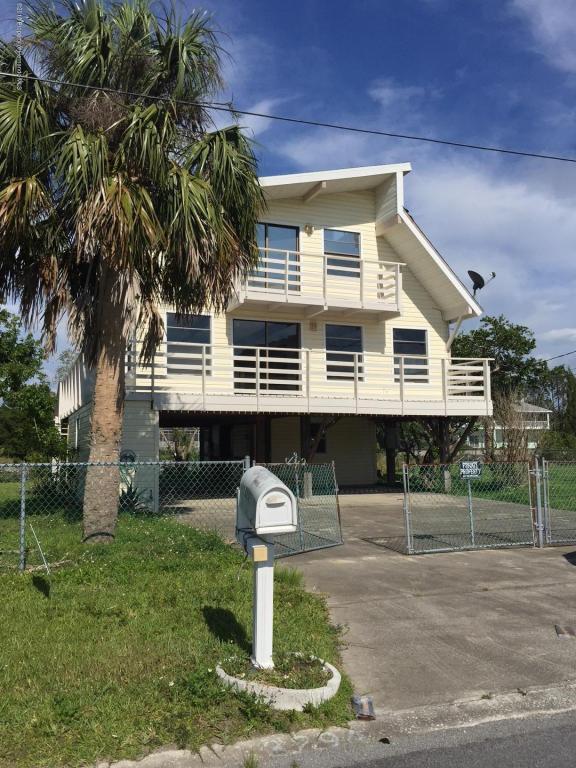 3294 Gardenia Drive, Hernando Beach, FL 34607 (MLS #2192607) :: The Hardy Team - RE/MAX Marketing Specialists