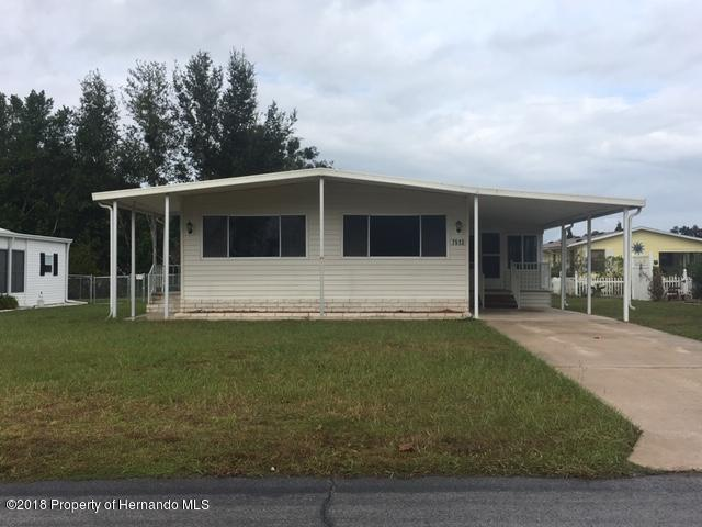 7513 Dinsmore Street, Brooksville, FL 34613 (MLS #2196450) :: The Hardy Team - RE/MAX Marketing Specialists