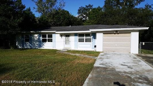 368 Upland Avenue, Spring Hill, FL 34606 (MLS #2196626) :: The Hardy Team - RE/MAX Marketing Specialists