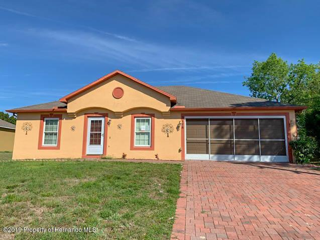 5178 Deltona Boulevard, Spring Hill, FL 34606 (MLS #2199452) :: The Hardy Team - RE/MAX Marketing Specialists