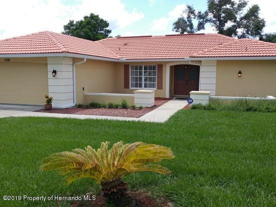 11210 Sedgefield Avenue, Spring Hill, FL 34608 (MLS #2201410) :: The Hardy Team - RE/MAX Marketing Specialists