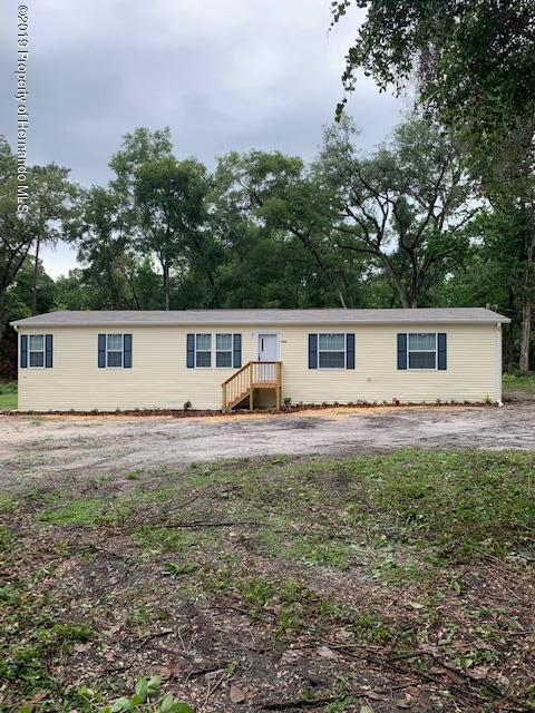 9036 Weatherly Road, Brooksville, FL 34601 (MLS #2201926) :: The Hardy Team - RE/MAX Marketing Specialists
