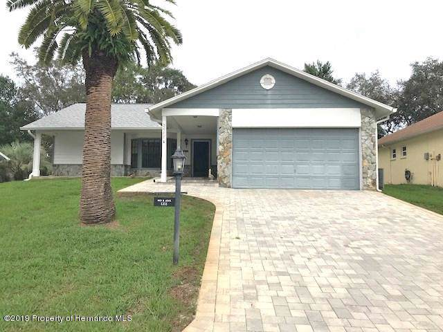 2688 Royal Ridge Drive, Spring Hill, FL 34606 (MLS #2205132) :: The Hardy Team - RE/MAX Marketing Specialists