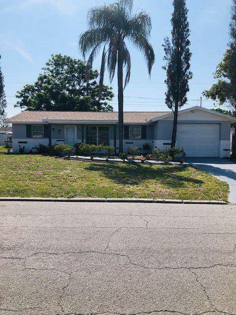 10923 Inglewood Ave Avenue, Port Richey, FL 34668 (MLS #2216559) :: Premier Home Experts