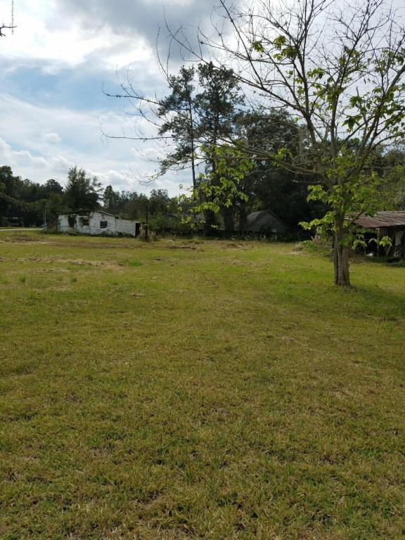 7043 Corliss, Brooksville, FL 34601 (MLS #2188117) :: The Hardy Team - RE/MAX Marketing Specialists