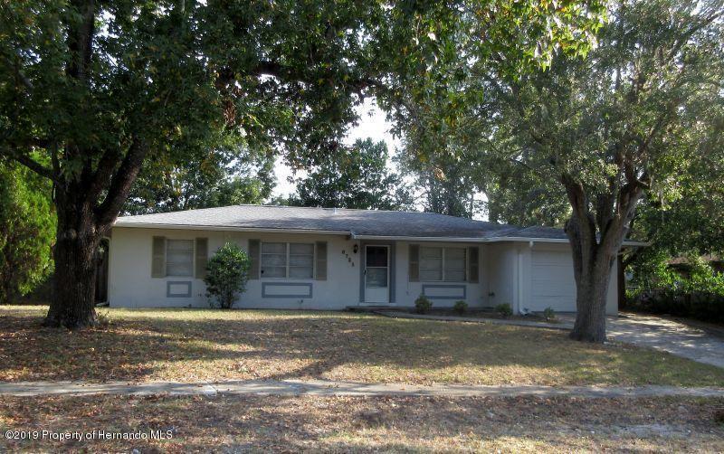 6725 Treehaven Drive - Photo 1