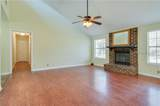 3033 Huron Dr - Photo 4