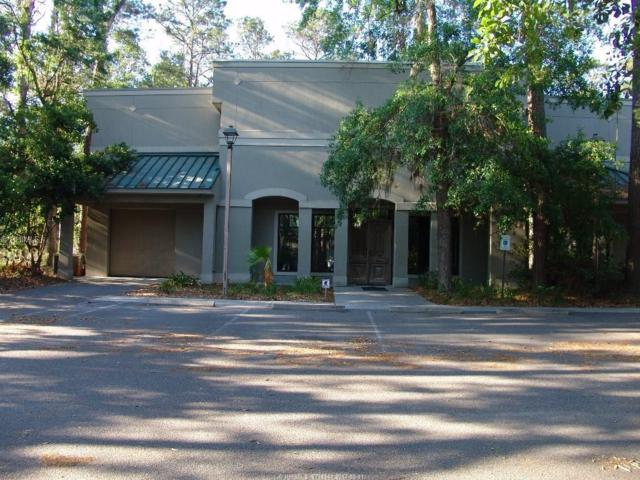 10 Hunter Road, Hilton Head Island, SC 29926 (MLS #361893) :: Collins Group Realty