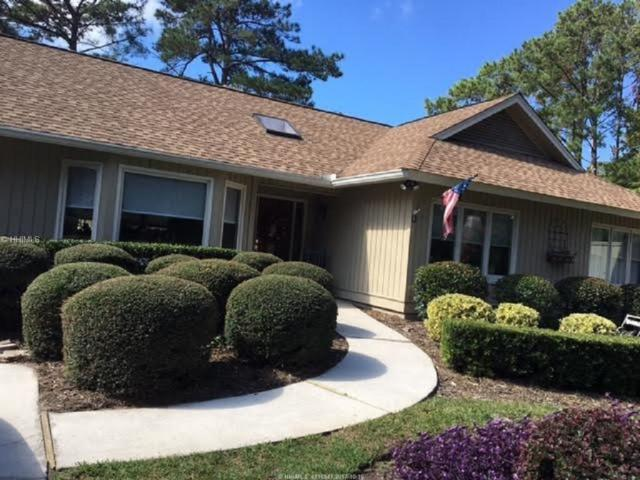 32 Ellenita Drive, Hilton Head Island, SC 29926 (MLS #370825) :: Collins Group Realty