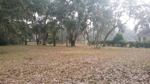8 Inverness Drive, Bluffton, SC 29910 (MLS #389144) :: Southern Lifestyle Properties