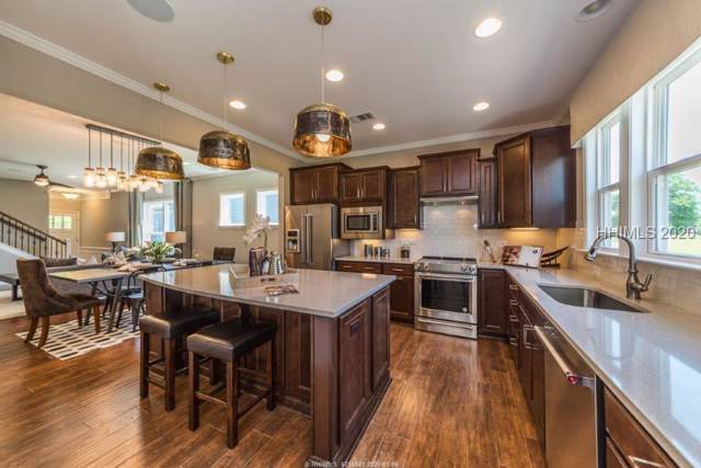 154 Turnberry Court, Bluffton, SC 29909 (MLS #399301) :: The Coastal Living Team