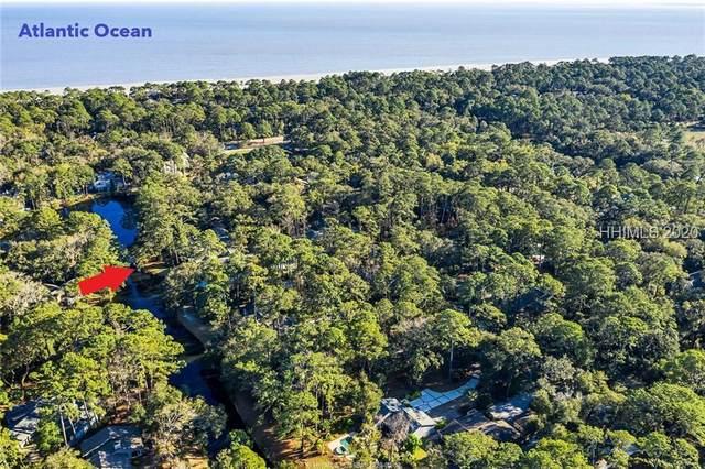 25 Deer Run Lane, Hilton Head Island, SC 29928 (MLS #400907) :: The Coastal Living Team