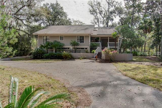 10 Hunt Club Court, Hilton Head Island, SC 29928 (MLS #401518) :: The Coastal Living Team