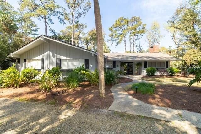 28 Woodbine Place, Hilton Head Island, SC 29928 (MLS #402783) :: The Sheri Nixon Team