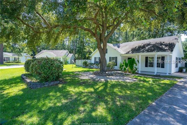 14 Pelican Cir, Beaufort, SC 29906 (MLS #405861) :: The Alliance Group Realty