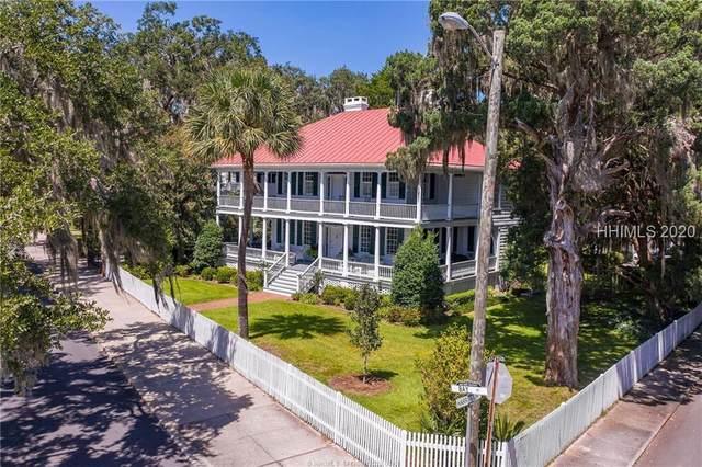 1301 Bay Street, Beaufort, SC 29902 (MLS #408007) :: Southern Lifestyle Properties