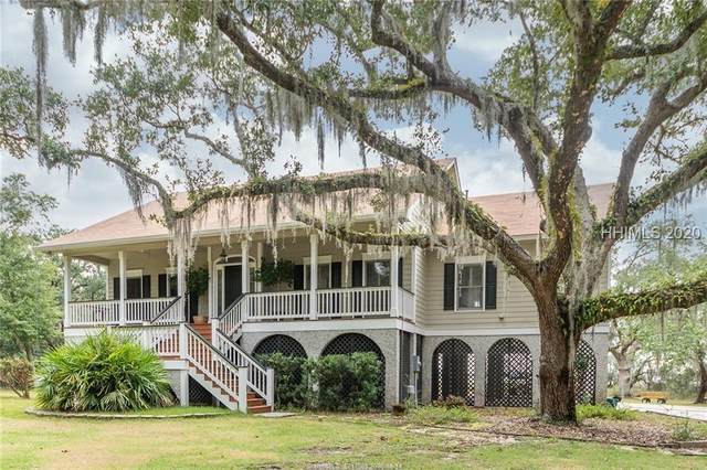 16 W River Drive, Beaufort, SC 29907 (MLS #409129) :: The Alliance Group Realty