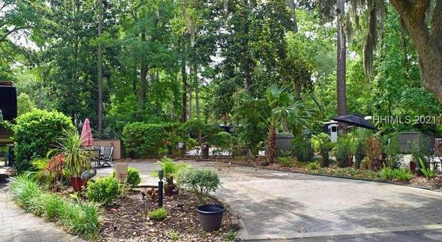 133 Arrow Rd #205, Hilton Head Island, SC 29928 (MLS #413359) :: The Bradford Group