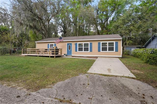 3 Twin Lakes Road, Beaufort, SC 29902 (MLS #413830) :: Coastal Realty Group
