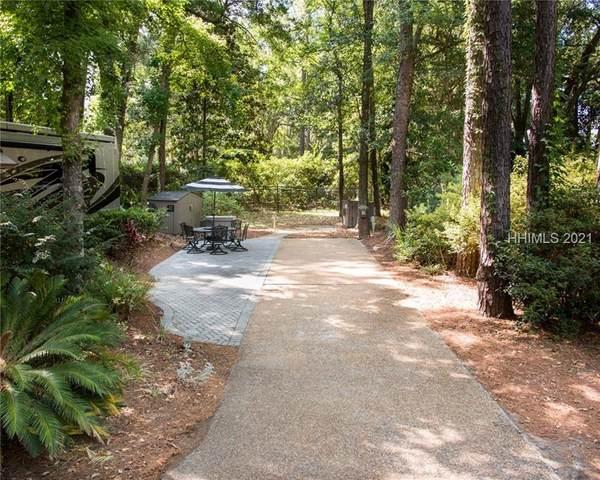 133 Arrow Rd #33, Hilton Head Island, SC 29928 (MLS #418270) :: The Sheri Nixon Team