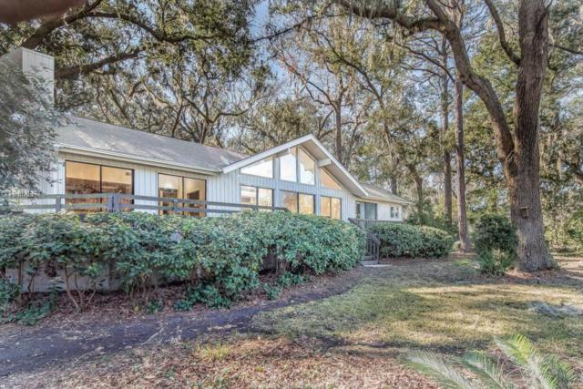 14 Willow Oak Road W, Hilton Head Island, SC 29928 (MLS #374786) :: RE/MAX Island Realty