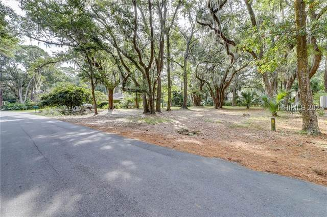50 Planters Wood Drive, Hilton Head Island, SC 29928 (MLS #406266) :: Beth Drake REALTOR®