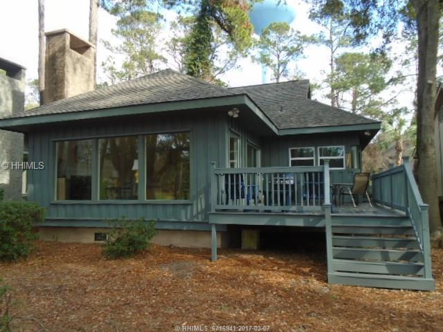 10 Muirfield Road, Hilton Head Island, SC 29928 (MLS #359400) :: Beth Drake REALTOR®