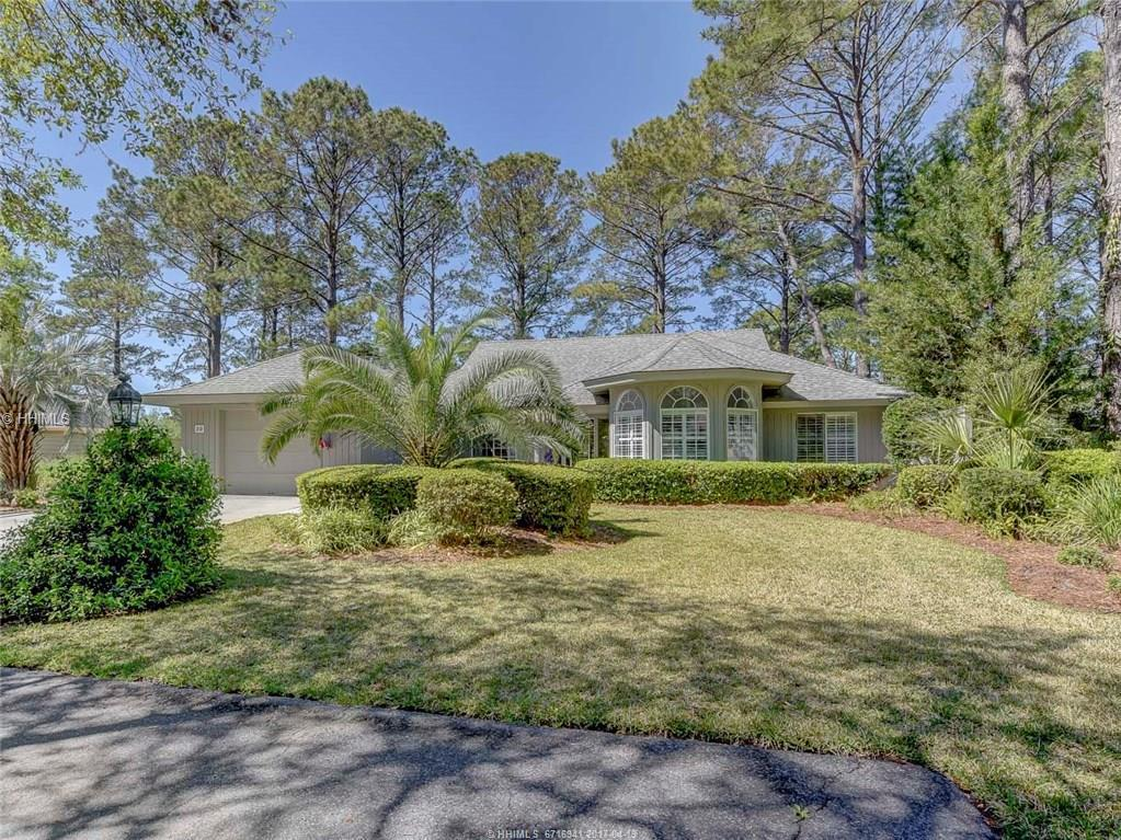 29 Sugar Pine Lane, Hilton Head Island, SC 29926 (MLS #360269) :: Collins Group Realty