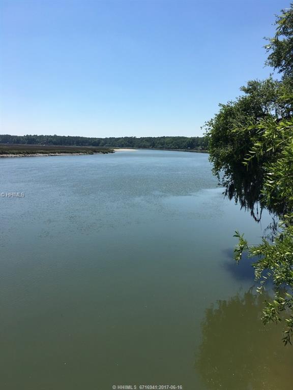 90 Big Bluff Road, Bluffton, SC 29910 (MLS #365096) :: RE/MAX Coastal Realty