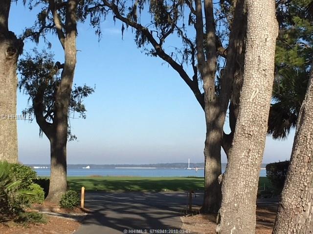 12 Spinnaker Court, Hilton Head Island, SC 29928 (MLS #377062) :: RE/MAX Coastal Realty