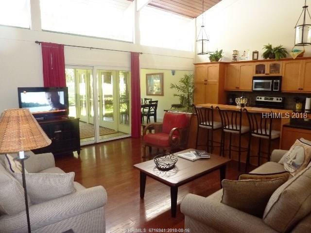 15 Lighthouse Road #31, Hilton Head Island, SC 29928 (MLS #385735) :: Beth Drake REALTOR®