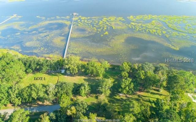 27 Crystal Street, Seabrook, SC 29940 (MLS #386973) :: The Alliance Group Realty