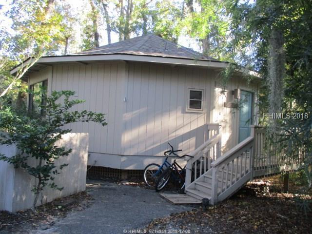 40 Night Heron Lane, Hilton Head Island, SC 29928 (MLS #388323) :: The Alliance Group Realty