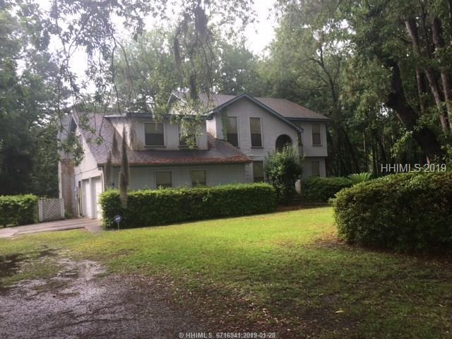 134 Francis Marion Circle, Beaufort, SC 29907 (MLS #389516) :: The Alliance Group Realty