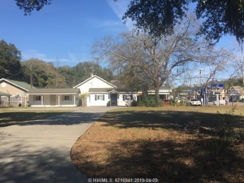67 W Woodlawn Street, Ridgeland, SC 29936 (MLS #392775) :: RE/MAX Coastal Realty