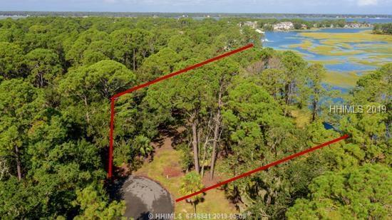 18 Bald Eagle Road W, Hilton Head Island, SC 29928 (MLS #393101) :: Beth Drake REALTOR®