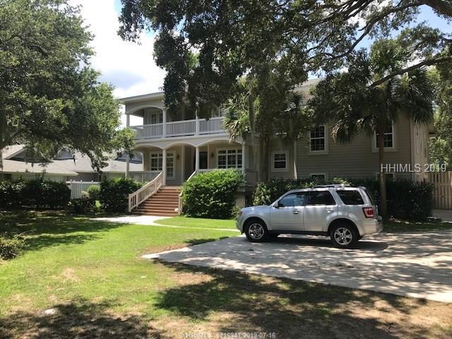 75 Fort Walker Drive, Hilton Head Island, SC 29928 (MLS #395477) :: Schembra Real Estate Group