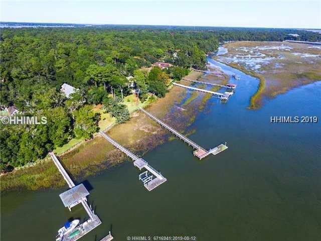 24 Widewater Road, Hilton Head Island, SC 29926 (MLS #396149) :: RE/MAX Island Realty